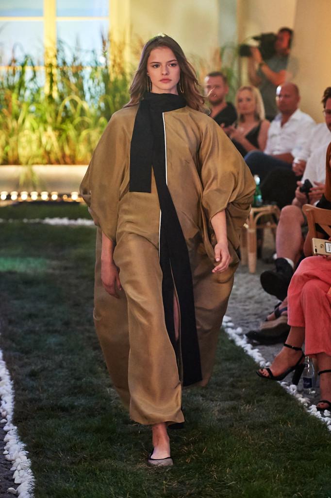 37_MMC-010719-lowres-fotFilipOkopny-FashionImages