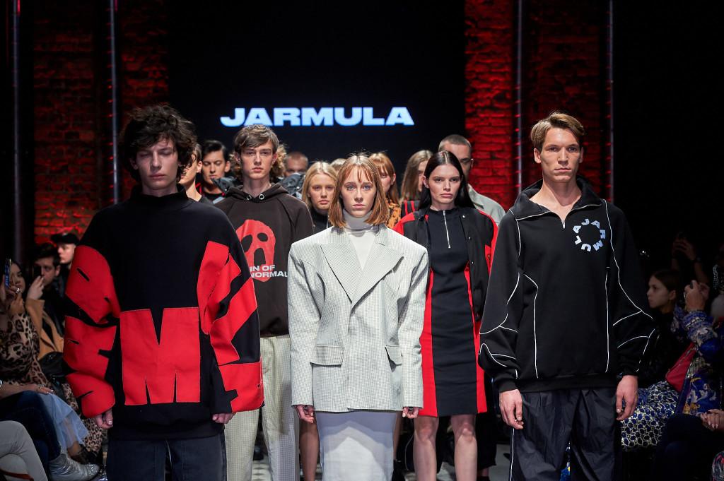 15_KTW_DAY1_111019_MATEUSZ-JARMULA_lowres-fotFilipOkopny-FashionImages